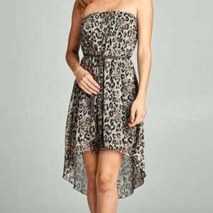 Dresses & Skirts - Clearance 🎉 Chiffon Jaguar and Rose Print Dress